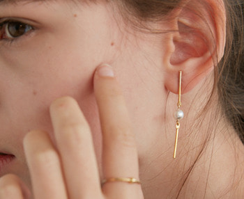 [usual ME] drop bar & pearl earrings (15%off)