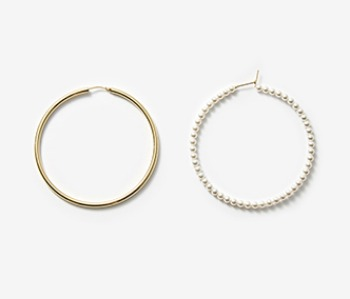 [Monday Edition] Pearl Hoop Earrings