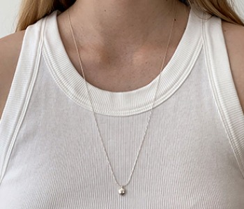 [usual ME] Tiny Pebble Long Necklace
