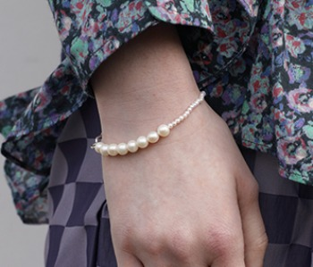 The mixed pearl bracelet (10%off)