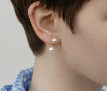 The dumbbell pearl earrings (10%off)